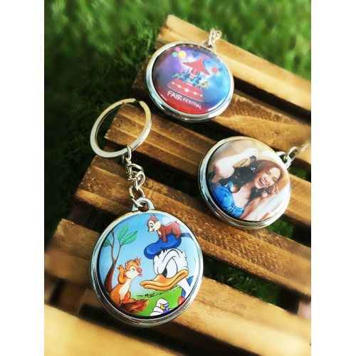 Photo Badge Keychain (chrome)